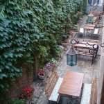 Apart hotel patio